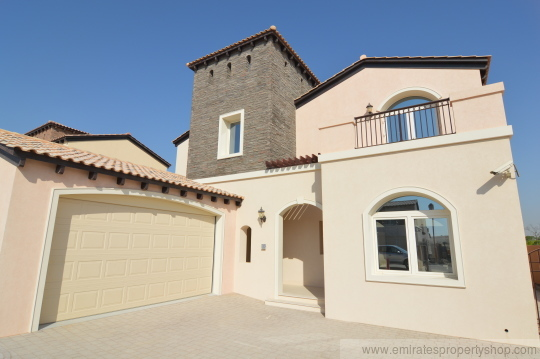 5 Bedroom Golf course view villa for sale at Sienna lakes