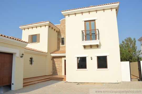 Five bedroom with six bedroom villa option at Jumeirah golf estates