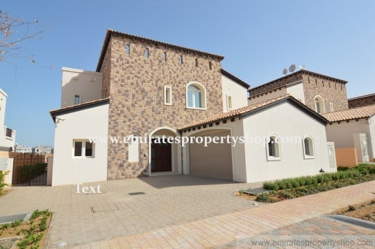4 bedroom luxury villa with golf course views for sale