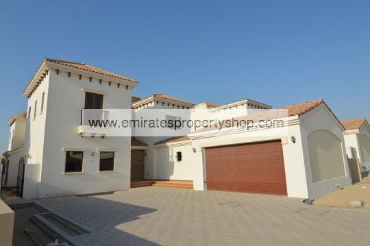 5 bedroom Granada villa in Jumeirah Golf Estates for sale